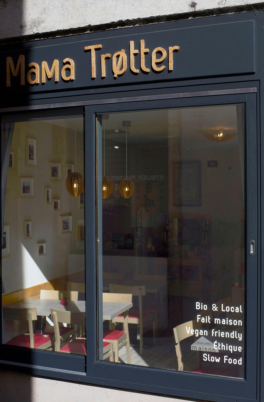Mama Trøtter Enseigne Sextant Creative